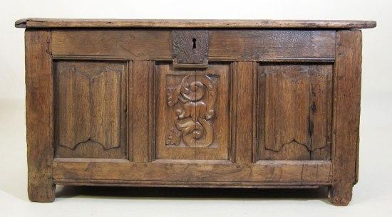 Tudor Linenfold Coffer c1525